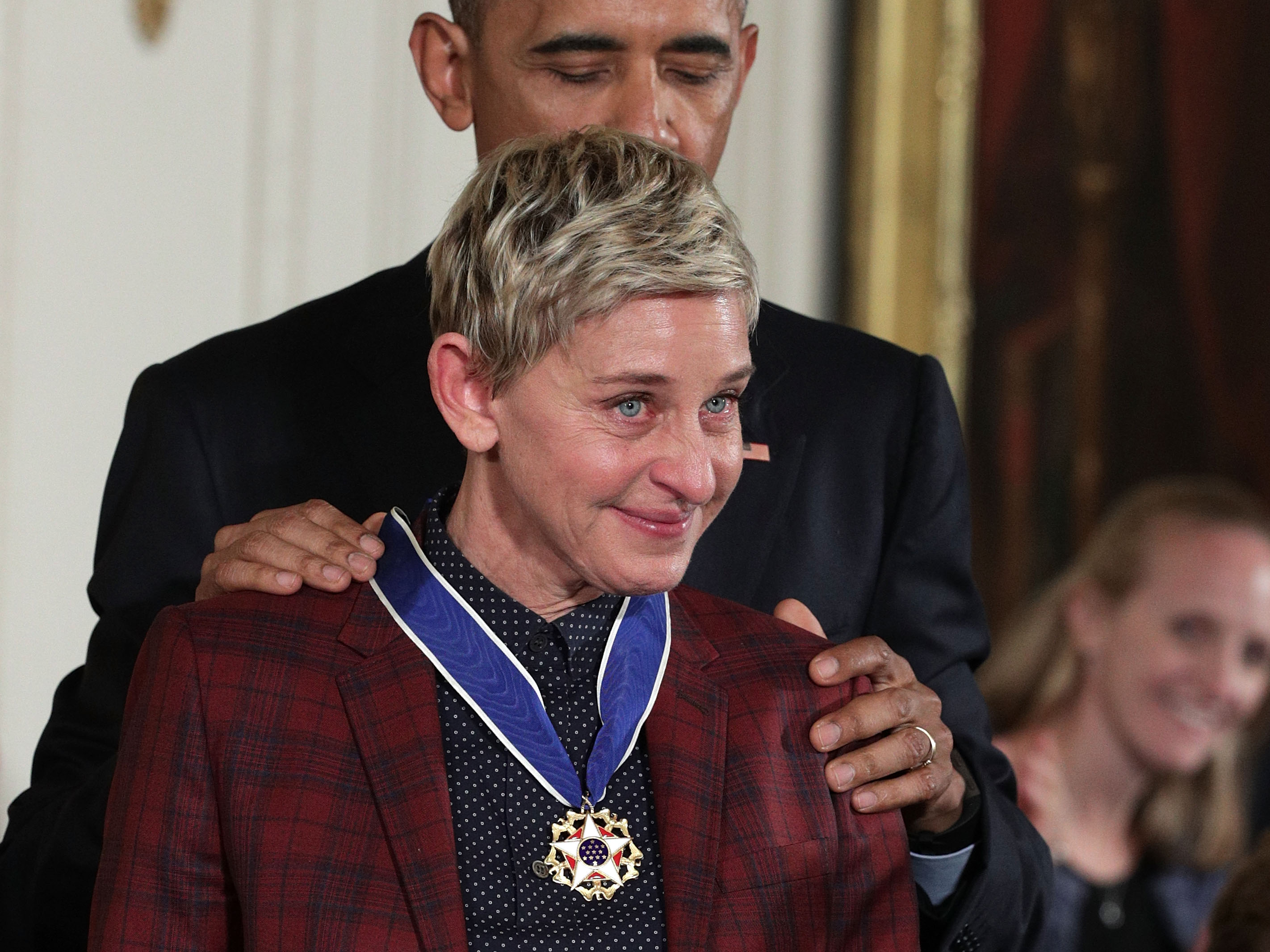 ellen-degeneres-broke-into-tears-when-she-was-awarded-the-presidential-medal-of-freedom
