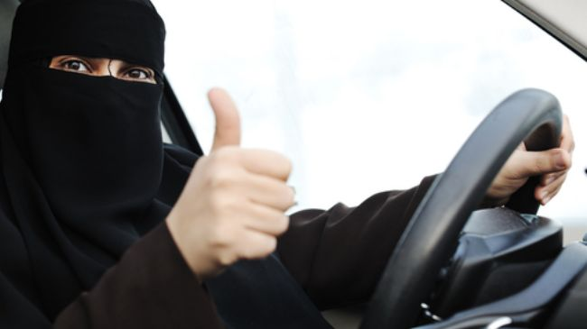 337542_Saudi Arabia women driving
