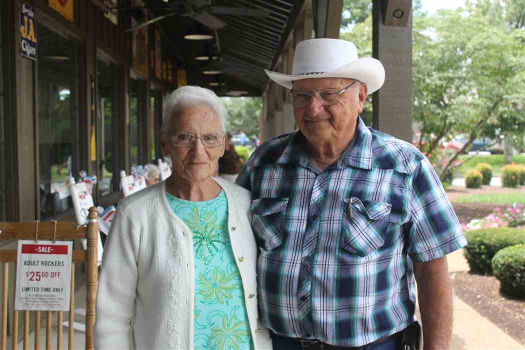 Ray-and-Wilma-Yoder